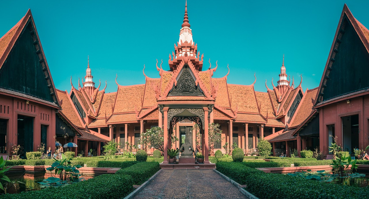 Expatriate to Cambodia : budget and costs